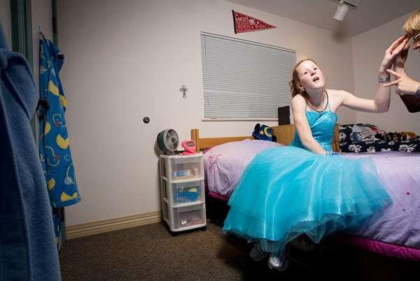 Sarah Wilson摄影作品:盲人们的毕业舞会2