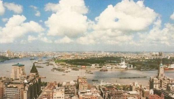 世界景观之城市的时代变迁图集-上海1990年