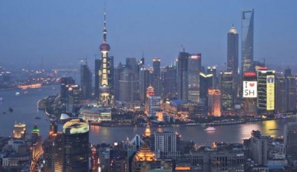 世界景观之城市的时代变迁图集-上海2010年