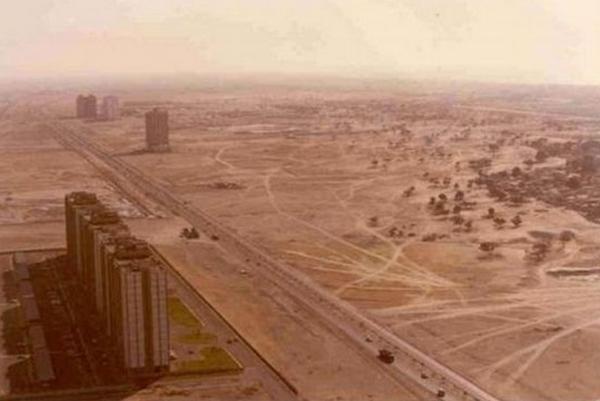 世界景观之城市的时代变迁图集-迪拜1991