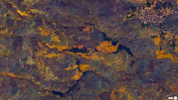 29张太空中的卫星拍摄的地球照片-中国,云南省,元阳县,阡陌