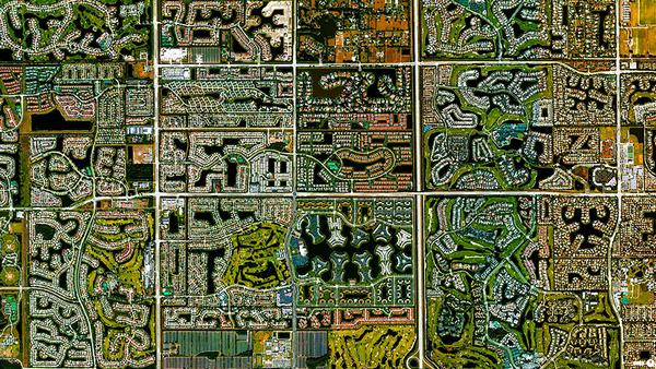 29张太空中的卫星拍摄的地球照片-美国,佛罗里达州,博卡拉顿