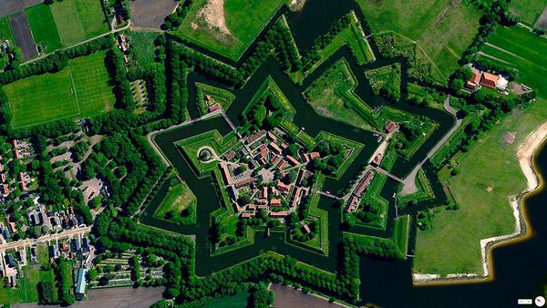 29张太空中的卫星拍摄的地球照片-荷兰,Thornaby Bourtange