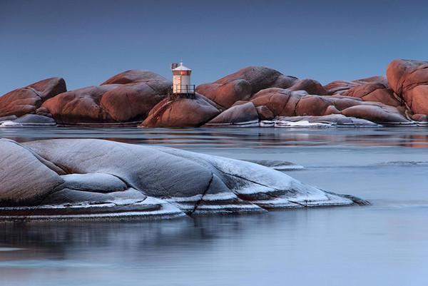 28个世界上久经考验的灯塔建筑,瑞典吕瑟希尔,Stångholmen灯塔