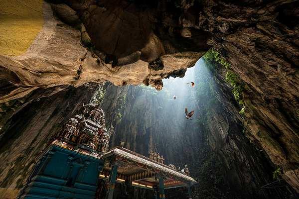 探索世界上最美丽的幽冥洞穴,马来西亚黑风洞