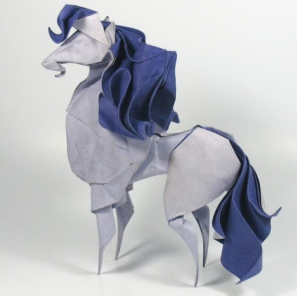 湿折式马折纸