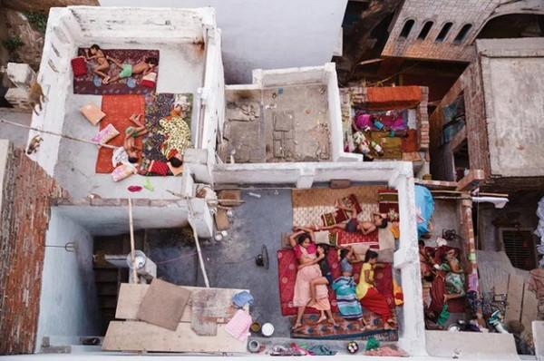 人物类二等奖《屋顶的梦》印度摄影师YASMIN MUND