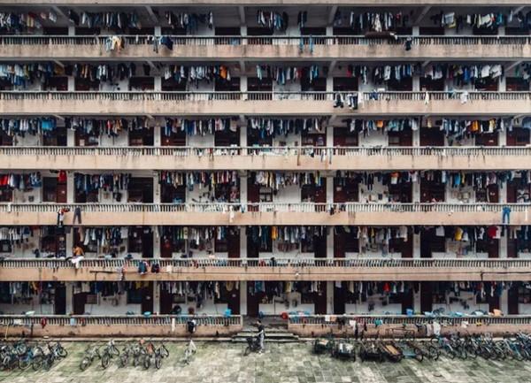 城市类二等奖《静谧》中国摄影师WING KA H