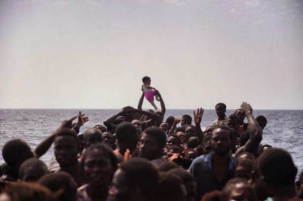 非洲难民海渡去意大利